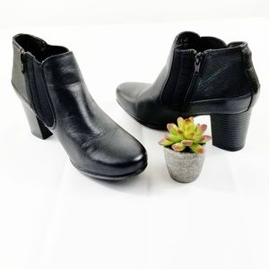 Clark's Black Leather Ankle Boots SH27